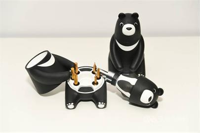 中鋼股東會紀念品來了 超萌MIT黑熊工具組