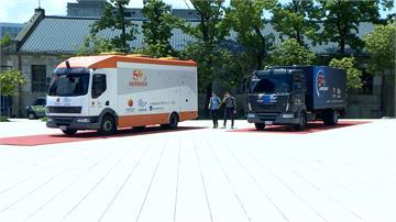 台哥大.台塑打造5G自駕車柯博文 按摩椅.55吋大電視宛如小型電影院