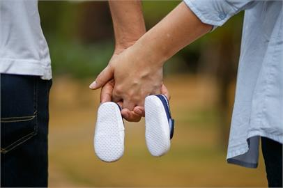 新手爸姓「封」!想幫兒子取「這名字」 老婆氣瘋:你敢就離婚