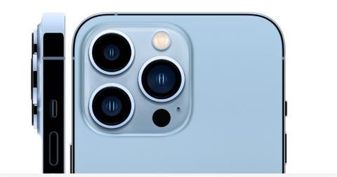 iPhone 13開賣 頭香民眾都愛天峰藍