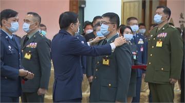蔡總統主持將官晉任 5人獲拔擢 軍醫少將受矚目