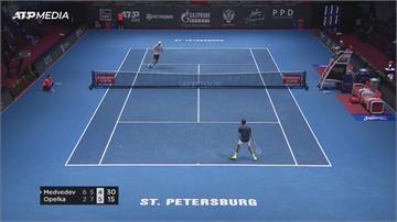 大賽接連爆冷出局 網球世界第六摔拍洩憤