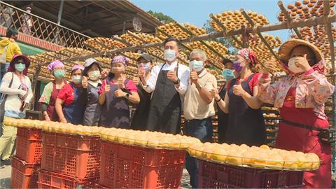 林智堅「合併」請益之旅 首站參訪竹縣農園