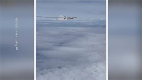 麟洋配凱旋歸國 四架幻象兩千戰機伴飛