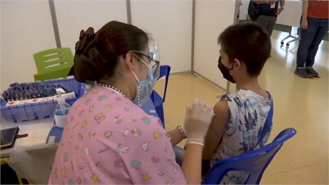 南韓與英換疫苗 泰國12-18歲接種BNT