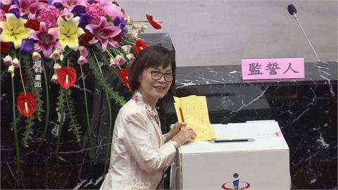 曾麗燕涉詐助理費200萬交保 胞妹曾麗鴻聲押