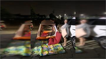 台南深夜連三震 天花板塌了 民眾搭帳篷過夜