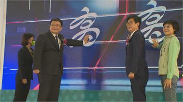 比韓國瑜多11% 陳其邁上任市民光榮感達6成6