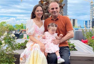 24歲俄羅斯嫩妹竟是「21寶媽」!超狂目標曝光:想要105個孩子