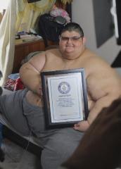 曾胖到595公斤 前世界最重男子戰勝新冠病毒