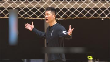 P. LEAGUE+/開季打一場就換帥!劉義祥堅辭領航猿總教練
