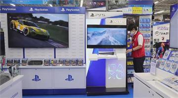 疫情帶動宅經濟 索尼PS5正式開賣搶購一空