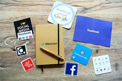 臉書更新資料移轉功能 可備份貼文與網誌