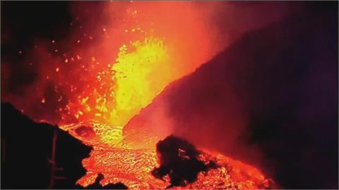 西班牙火山島又猛烈爆發 當局再撤居民 竟有房屋沒被岩漿吞噬