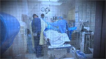 美國新冠疫情續燒 24小時內暴增9萬
