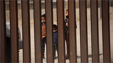 全球/先卡位先贏?中美洲非法移民擠爆美墨邊境