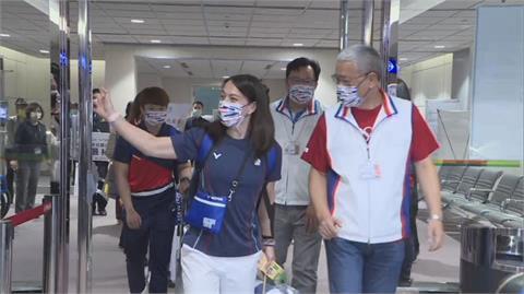 體育署設「專用通道」迎接台灣之光 舉重金牌女神郭婞淳:非常感謝
