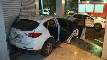 遭闖紅燈休旅車猛撞 直行車撞燈桿1死1傷