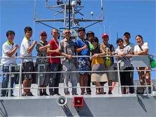 快新聞/台日友好又一樁! 台灣巡護船接回滯吐瓦魯役男 並協助2日籍人士返國