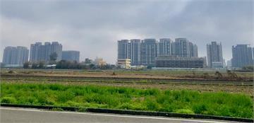 八里、清水有「窮人高速公路」為何房市弱爆?