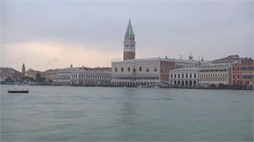 義大利船夫身兼潛水員 自發清理威尼斯河道盼找回「水都」美名