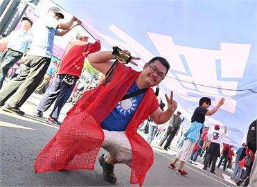 快新聞/「我懂顏寬恒!」 四叉貓諷:一群韓粉沒住過高雄 卻罵我們不珍惜韓國瑜