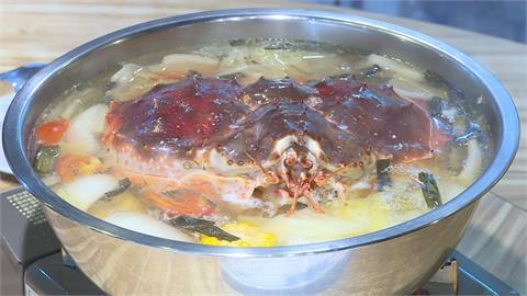 秋天就愛吃螃蟹! 生猛帝王蟹這樣吃最對味