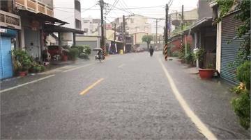 颱風影響大雨突襲!台南安南區淹成「水鄉澤國」
