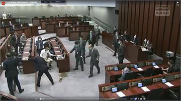 快新聞/香港立法會前議員朱凱迪等3人被捕 時力:針對民主運動領袖的政治清算