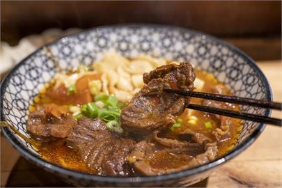 美食/板橋美食 門前隱味牛肉麵|預約制文青食堂 處處細緻職人味 品嚐暖入人心的家常料理