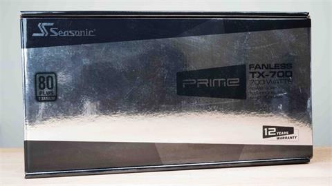 供電大器,悄無聲息。海韻 Seasonic PRIME Fanless TX-700