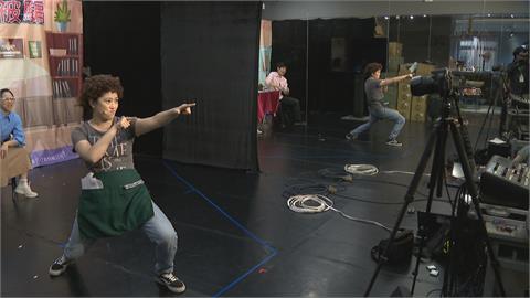 劇團宣導求職詐騙 改線上直播各校「巡迴」演出