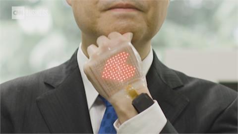 能監測數據.收發訊息! 東大教授研發「電子皮膚」