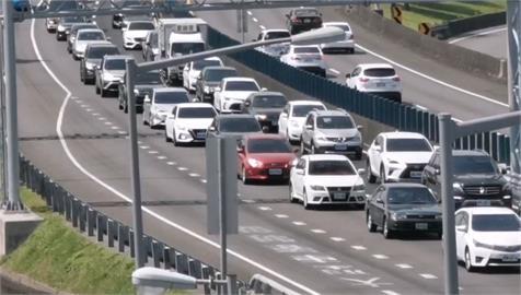 快新聞/連假國5北上塞爆! 雪隧回堵綿延4.5公里