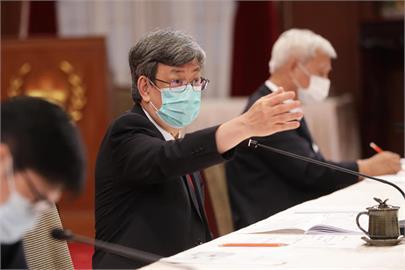 談國產疫苗優勢 陳建仁親曝原理:副作用比國際廠牌低!
