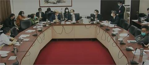 快新聞/國民黨搗外交部「再缺席修憲協商」 羅致政酸:踢館完快回來