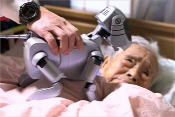 日高齡人口歷史新高 「機器人」加入照護行列