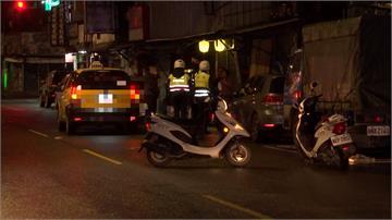 醉男自小黃下車跌坐路中央... 騎士、駕駛接連撞輾奪命
