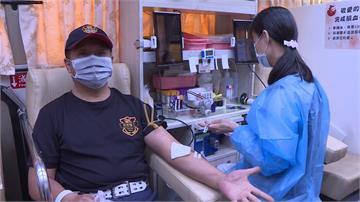 紫南宮辦「捐血送琉璃項鍊」 排隊人龍綿延2公里