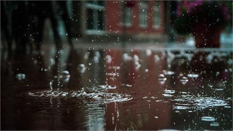 盧碧颱風遠離!林嘉愷曝「南部」仍需嚴防局部豪大雨
