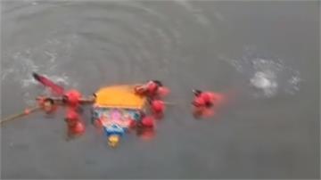 媽祖的奇幻漂流!直擊神轎驚險渡溪