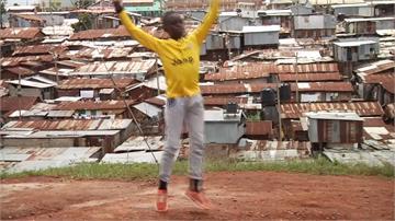 貧民窟男孩想成為芭蕾舞者!獲贈免費舞鞋、課程勇敢追夢