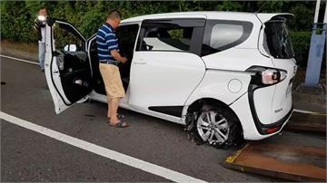 車藏毒拒檢撞警 警連開28槍射爛輪胎逮人