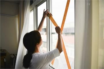 颱風季別再貼十字膠帶了!加強窗戶防颱就靠它!