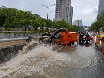 快新聞/台北498處淹水! 最嚴重4路段曝光 4家戶淹破百公分