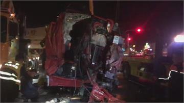消防員出勤擦撞貨櫃車翻覆 釀1死4傷