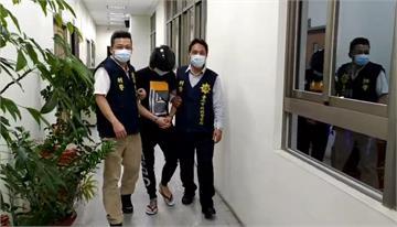 快新聞/台南安平追殺命案 曾姓主嫌在律師陪同下投案