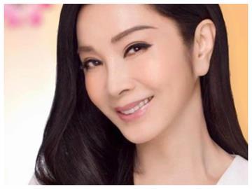 陳美鳳憶「鑽石美人魚」閃光表演服 不小心做「1件事」道歉某男星