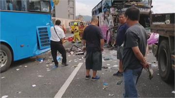 國道3號發生遊覽車連環撞!女導遊喪命、18傷 嚴重回堵大塞車