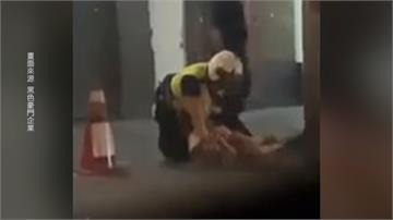 情侶喝醉攻擊運將 警方到場處理兩度用腳踹女子頭部